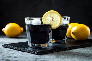 activated charcoal drink to show benefits of activated charcoal on wellbeing and health