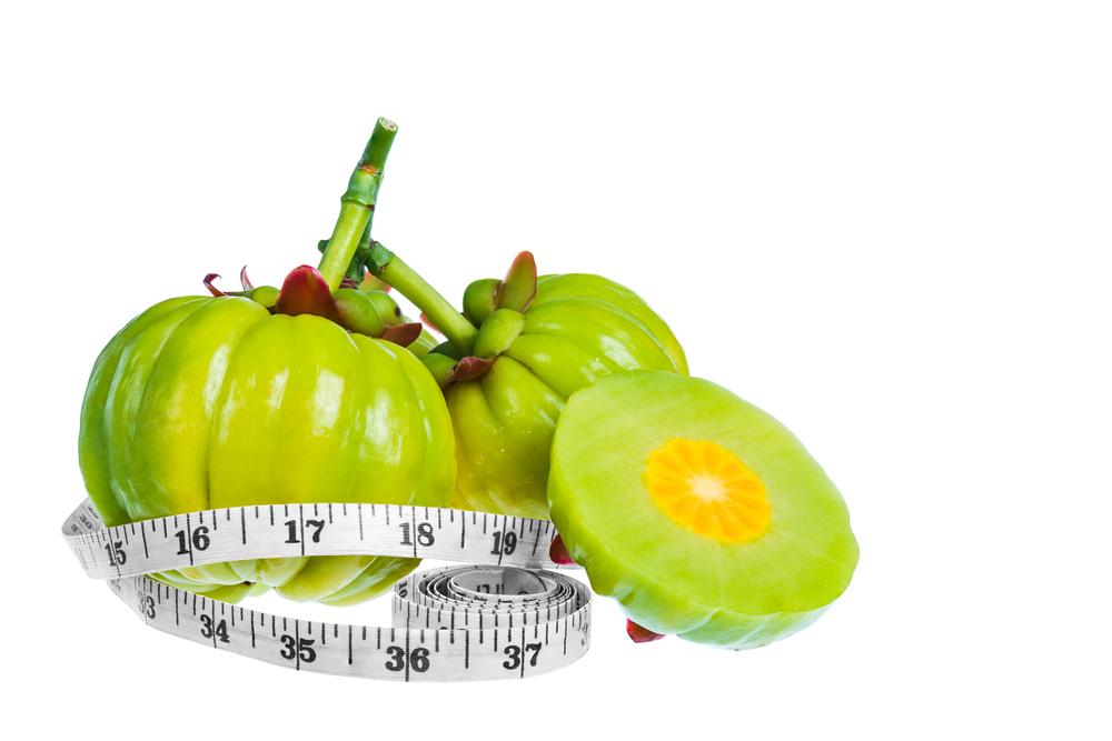 garcinia-cambogia-fresh-fruit-measuring-tape