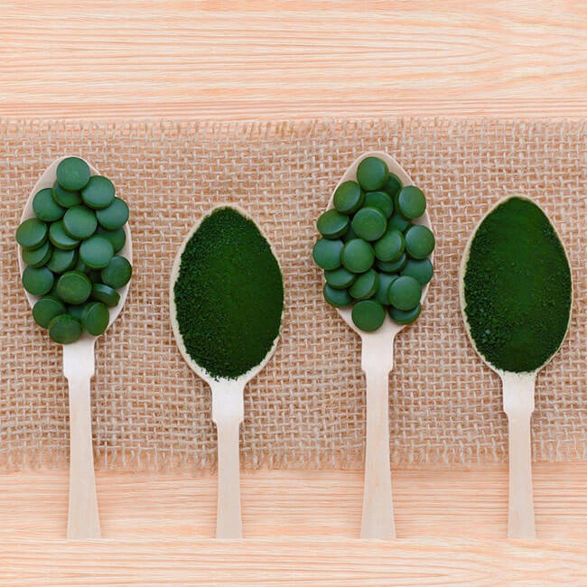How To Buy Chlorella - Choosing Tablets or Powder